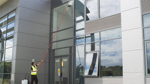 Low Story building, Villas, Showrooms, Factories, Warehouses cleaning with Fed Pole System